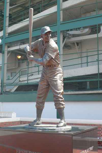 Statue de Ernie Banks - photo de Jocelyn Richez
