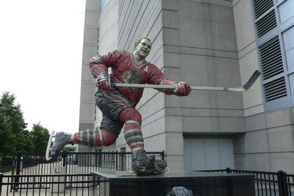 Statue de Bobby Hull - photo de Jocelyn Richez
