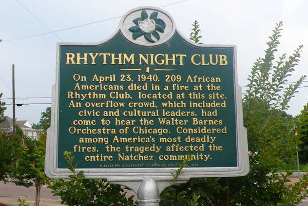 Rhythm night club - photo de Jocelyn Richez