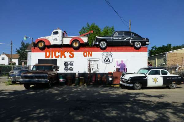 Garage Dick's on route 66